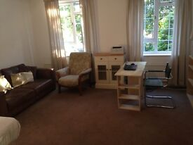 Spacious Double Room for a Single Person