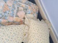 Single bedding set and matching curtains set, hincludes quilt, pillow, duvet cover and pillows