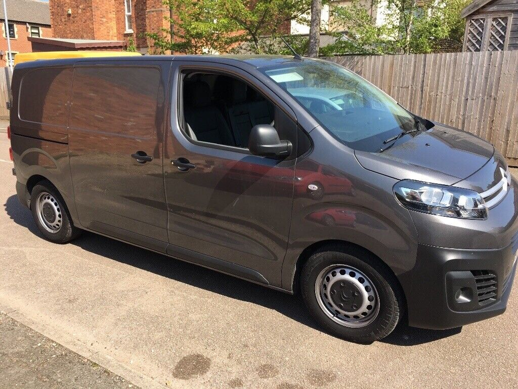 2017 17reg Citroen dispatch 2,0Hdi adblue, 9k Miles ew,em,air con, 2side  doors plylined, as new | in Leicester, Leicestershire | Gumtree