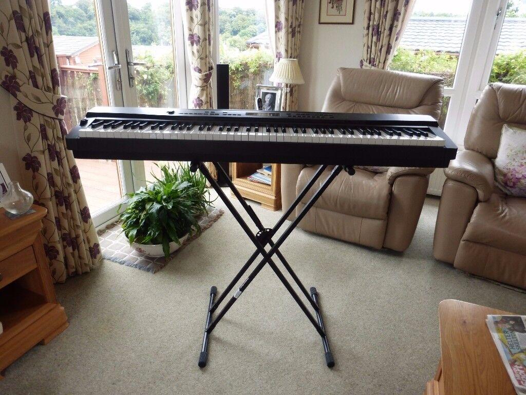 Casio Privia PX-300 Electric Keyboard