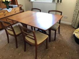 G plan drop leaf dining table and 4 chairs