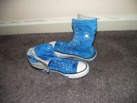 Blue women's size 5 fold-down Converse with grey interior