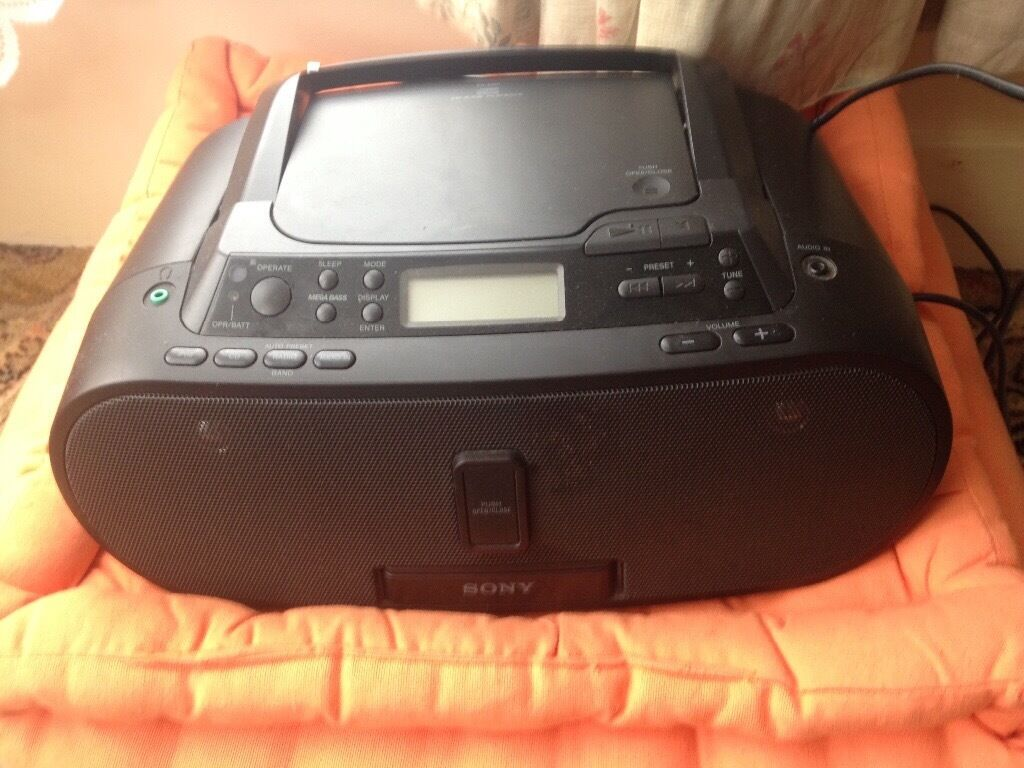sony radio cd r rw playback zs s2ip radio audio cd player. Black Bedroom Furniture Sets. Home Design Ideas