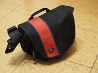 Tamrac Rally 4 shoulder camera bag