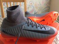 Nike Mercurial Superfly V CR7 Jnr Size 5.5 Sock Football Boots