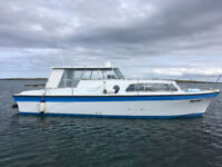 31 foot boat, Diesel Cabin Cruiser, Marine Projects 31 (forerunner to Princess 32)