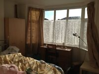 Double room to let, Burgess road, £310/month