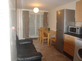 Looking for one student to share lovely house in Edgbaston