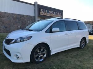 2011 Toyota Sienna SE 8 PASSENGER. SUNROOF. REAR VIEW CAMERA. BL