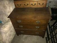 Nice set of vintage chest of drawers can deliver