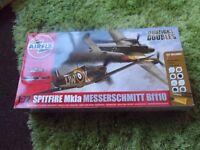 Airfix Dogfight Doubles Spitfire Mkla Messerschmitt Bf110 Kit 1:72, A50128 new
