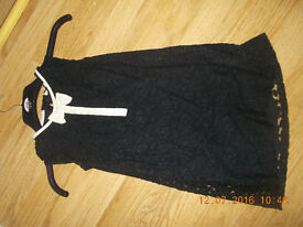 NEXT GIRLS BLACK LACE PARTY CHRISTMAS DRESS WITH WHITE DETAIL AGE 7 YEARS