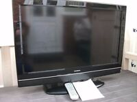 32 inch LCD HD Goodmans TV Builtin Freeview and ORIGINAL REMOTE