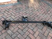 Thule roof bars (762) Thule rapid system (754) and kit (1353)