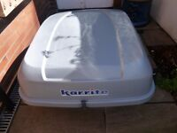 Roof box (Karrite Extreme) + bars for saloon and hatch-back vehicles