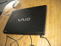 "Details about Sony VAIO VGN-AR41L / VGN-AR51J Duo Core 17"" widescreen laptop Win Vista RG4 8ND"