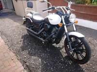Kawasaki VN900 Custom w/Vance and Hines
