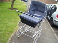 RARE NICE CONDITION , SILVER CROSS PRAM,VERY NICE COND FOR AGE ,IDEAL FOR WALKS,GRANDPARENTS ETC