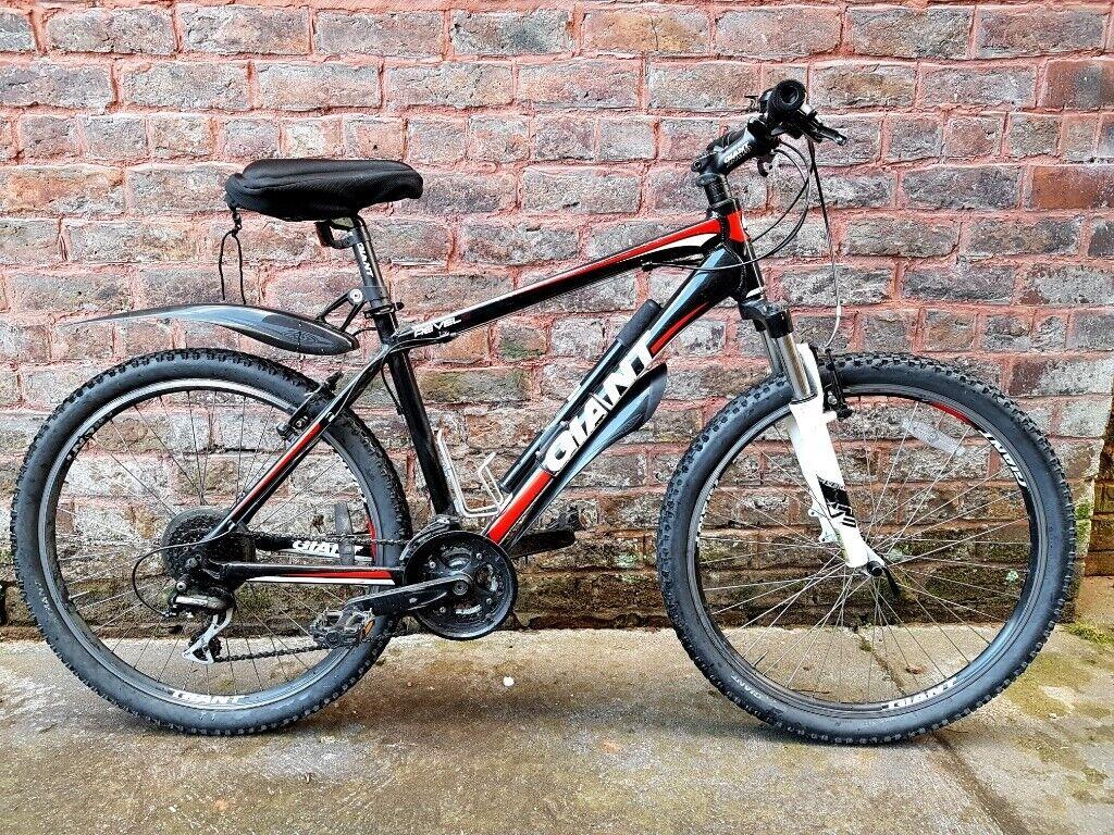 Giant Revel 2 Mountain Bike In Birkenhead Merseyside