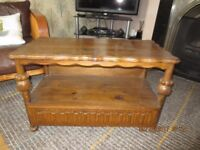 SOLID OAK TELEVISION TABLE