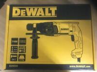 DeWalt SDS drill D25033 brand new
