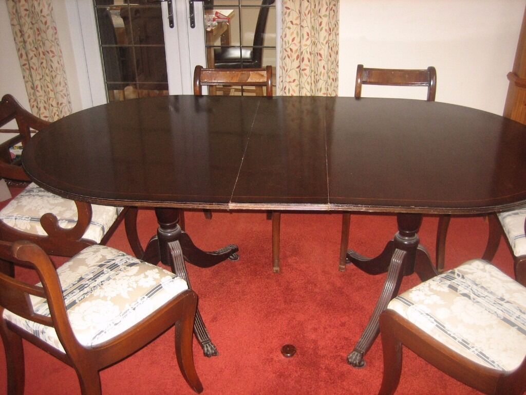 DINING ROOM TABLE AND 6 CHAIRS Image 1 Of 8