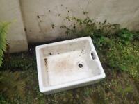 Belfast sink- good condition, restoration project