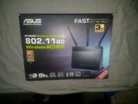 Asus rt-ac68u dual band gigabyte router. New