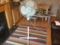 LLOYTRON ADJUSTABLE ELECTRIC TALL FAN IN LOVELY CONDITION