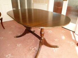 Dinging Table Mahogany