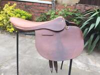 Race exercise saddle