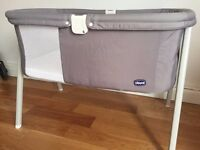 Chicco Lullago Baby Crib, Grey, Excellent condition, No stains or tears, Smoke and pet free home