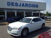 2013 Chrysler 300 **INSPECTÉ PAR FORD 132 POINTS***