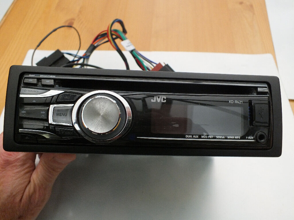 JVC KD-R421 CD Radio with instruction manual; used but in very good  condition