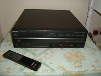 SONY Multi- Disc CD player & remote- hold 5 CD's