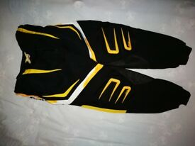 CAN-AM motocross trousers with padding on hips size L