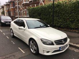 White 2009 Mercedes Benz CLC 180 Kompressor Sport – Automatic - Very Low Mileage - Long Months MOT!