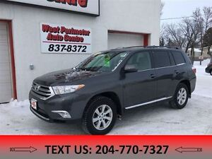 2012 Toyota Highlander V6 ** All Wheel Drive **