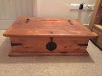 Coffee table/chest