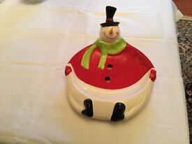 Ceramic Christmas new snowmand dish cost £25 sell £6 can deliver if local call 07812980350