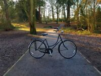 Modern, retro looking stylish Dutch bike. Great condition