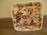 COLLECTABLE PLATE OF CAT FAMILY