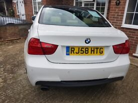 Bmw 3 series 2008 - 2 litre petrol full bmw service.full creme leather.black roof white