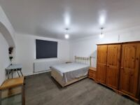 Large Bedrooms +en-suite shower rooms available