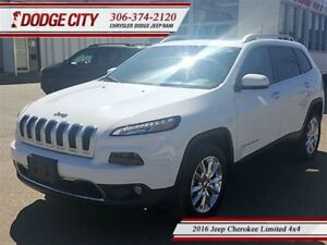 2016 Jeep Cherokee Limited | 4x4 - Heated Seats, Uconnect, Backu