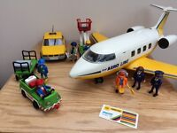 Playmobil 3185 aeroplane including additional airport themed sets