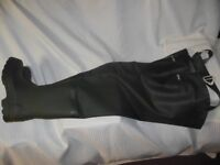 Genuine Barbour Studded Soles Fishing Waders UK Size 9 Excellent Condition