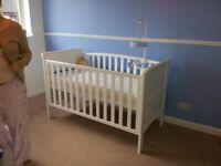 Babies R us baby cot