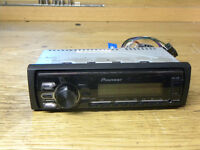 Pioneer car radio with USB and auxiliary mvh-170ui