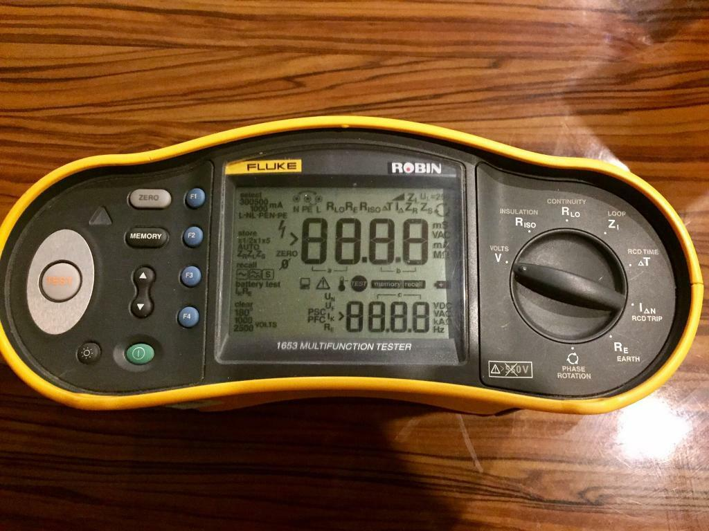 Fluke 1653 multi function tester